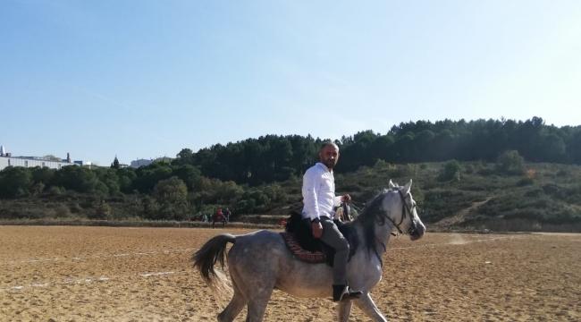 Akbayır; Atlarımızın ateşini düşürmek için plajdaydık