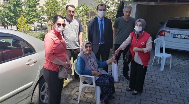 Kaymakam, Şehit ve 100 yaş üzeri anneleri unutmadı