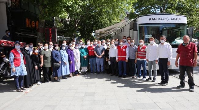 Ak Parti Darıca'dan kan bağışı kampanyasına tam destek!
