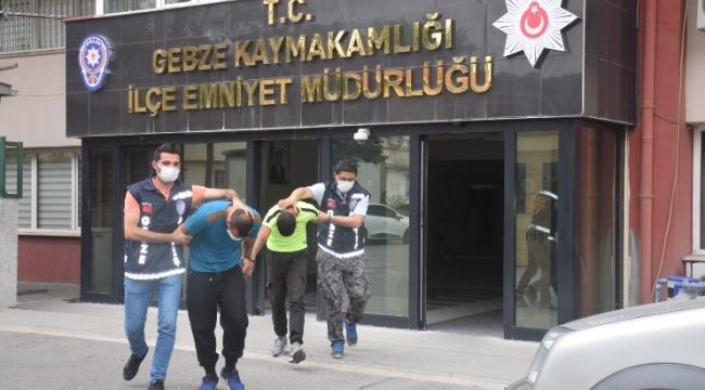 Darıca'daki evlerden kombi çalan hırsızlar yakalandı