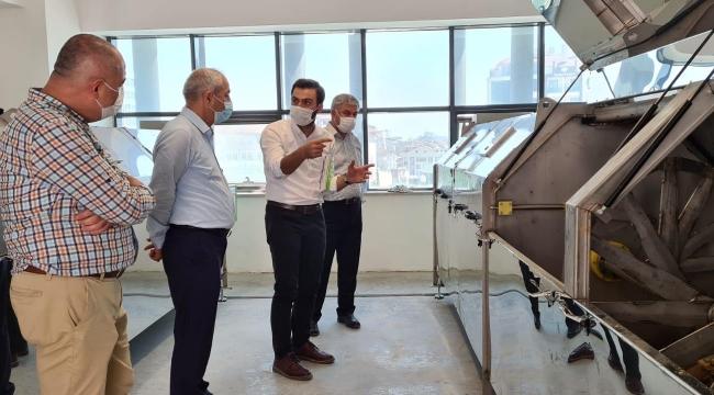 Gebze'de pazar atıkları gübreye dönüşüyor