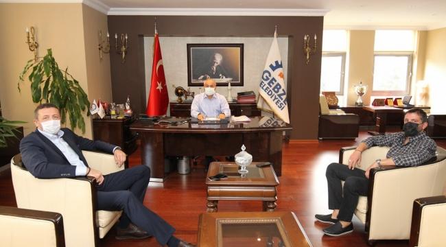 Hidayet Türkoğlu ve Kerem Tunçeri, Gebze'ye geldi!