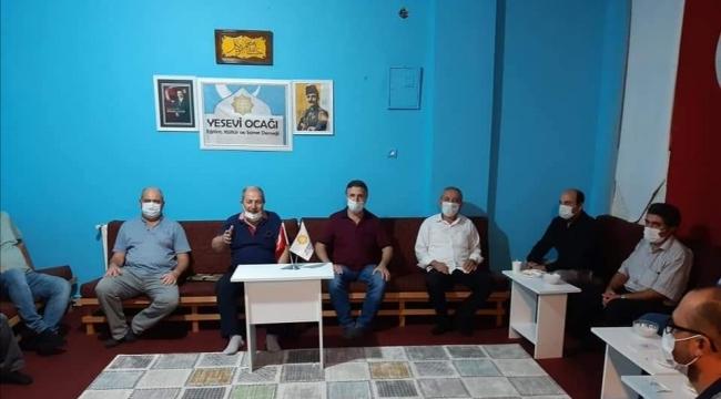 Mehmet Nuri Esi'den Yasevi Ocağı'nda konferans