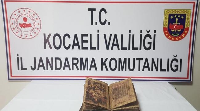 Eskihisar'da tarihi İncil ele geçirildi