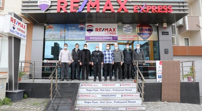 Başkan Bıyık'tan Darıca Remax'a ziyaret
