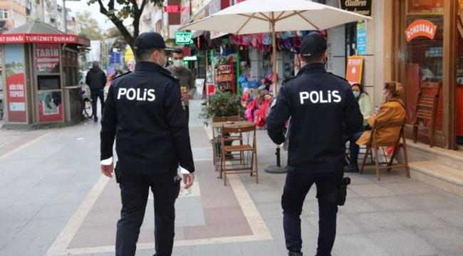 Kocaeli'de tedbirlere uymayan 405 kişiye ceza!