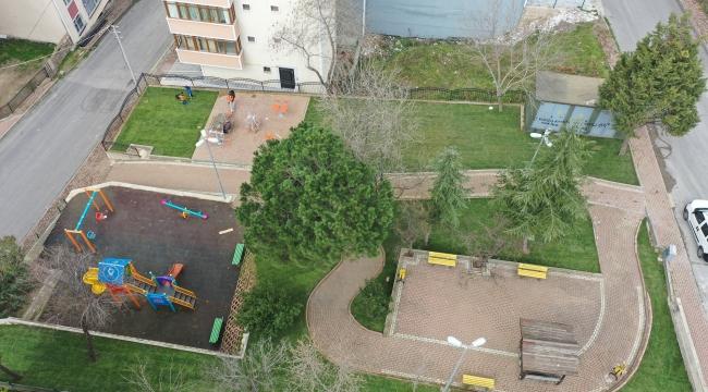 Çayırova'da iki park daha yenilendi
