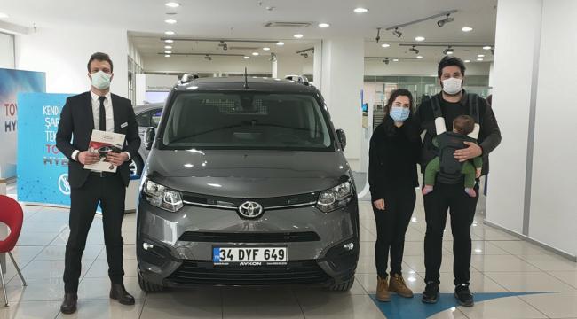 Gebze-Toyota Plaza Aykon'da ilk Proace City Teslimatı yapıldı