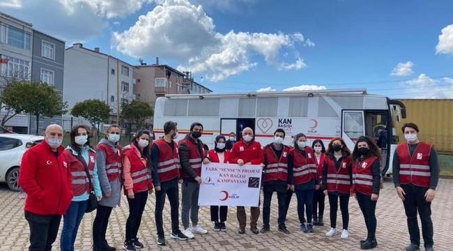 Darıca'daki öğretmenlerden kan bağışı etkinliği