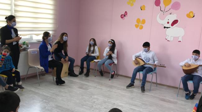 Darıcalı öğrencilerden Otizm Farkındanlık Günü'nde çok güzel etkinlik!