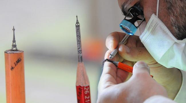 Kalem ucuna yaptığı heykellerle dünyaya açılma hedefi
