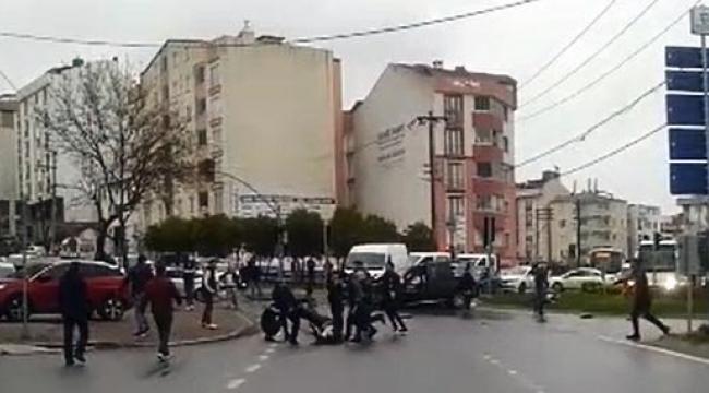 Polis, kaza sonrası çıkan kavgaya havaya ateş ederek müdahale etti
