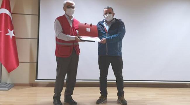 Türk Kızılay Darıca Şubesi, Genel Merkez'den başarı belgesi aldı