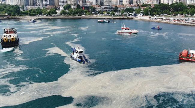 Marmara Denizi'nden 2684,5 metreküp müsilaj toplandı!