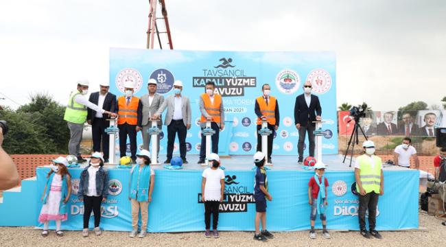 Tavşancıl Yarı Olimpik Yüzme Havuzunun temel atma töreni yapıldı