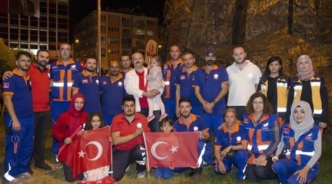 Kocaeli'deki sağlıkçılar 15 Temmuz'da da aşılama için meydanlarda olacak