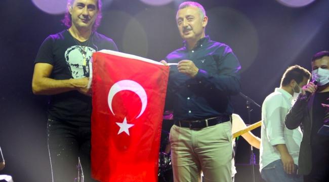 Gebze 30 Ağustos coşkusunu Kıraç ile yaşadı