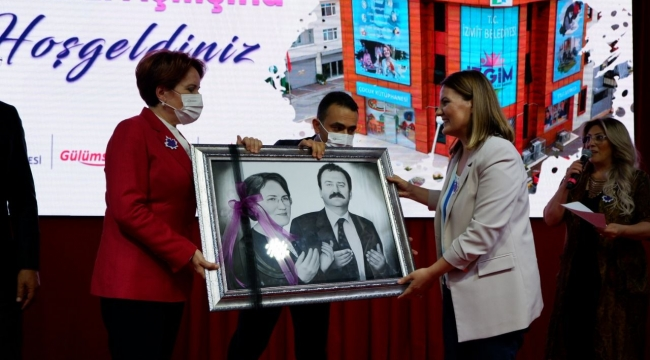 Akşener, İzmit'de İZGİM'in açılışına katıldı