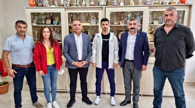 Eray Şamdan'a tebrikler sürüyor!