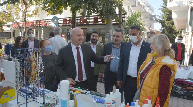 Başkan Bıyık, CHP Darıca'nın kermesine katıldı