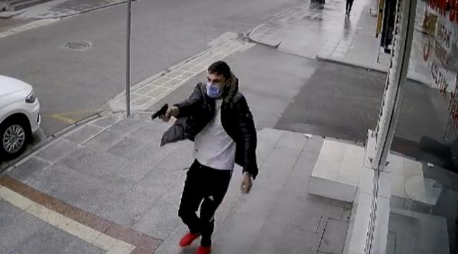 Cadde ortasında ateş ederken 'Senin kanın bana helaldir' diye bağırmış