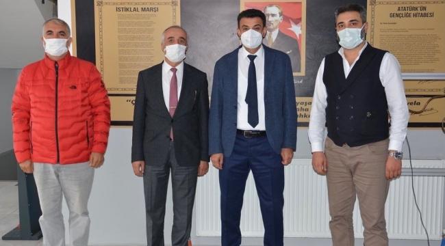Kaymakam Kara ve Hayırsever iş insanı Demirtaş'tan Boğaziçi Teknoloji Koleji'ne ziyaret!