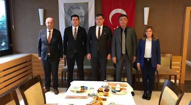 Muhalefet partilerinin Kocaeli İl Başkanları buluştu