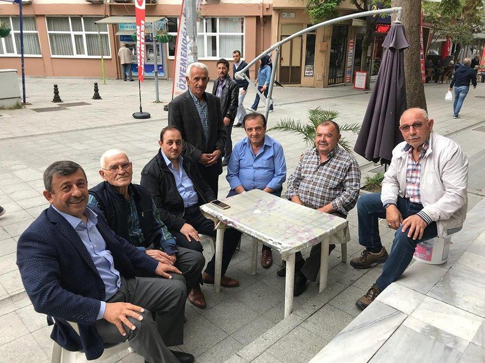 Karabacak milletvekilliğine göz kırpıyor