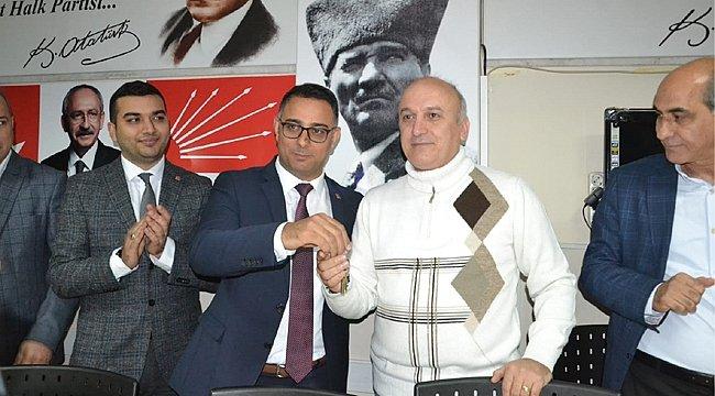 CHP Darıca'da devir teslim heyecanı yaşandı
