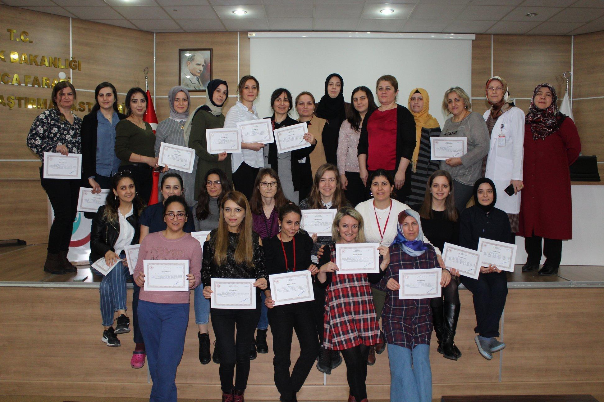 Farabi'de Yenidoğan temel eğitimi başarılı ile tamamlandı