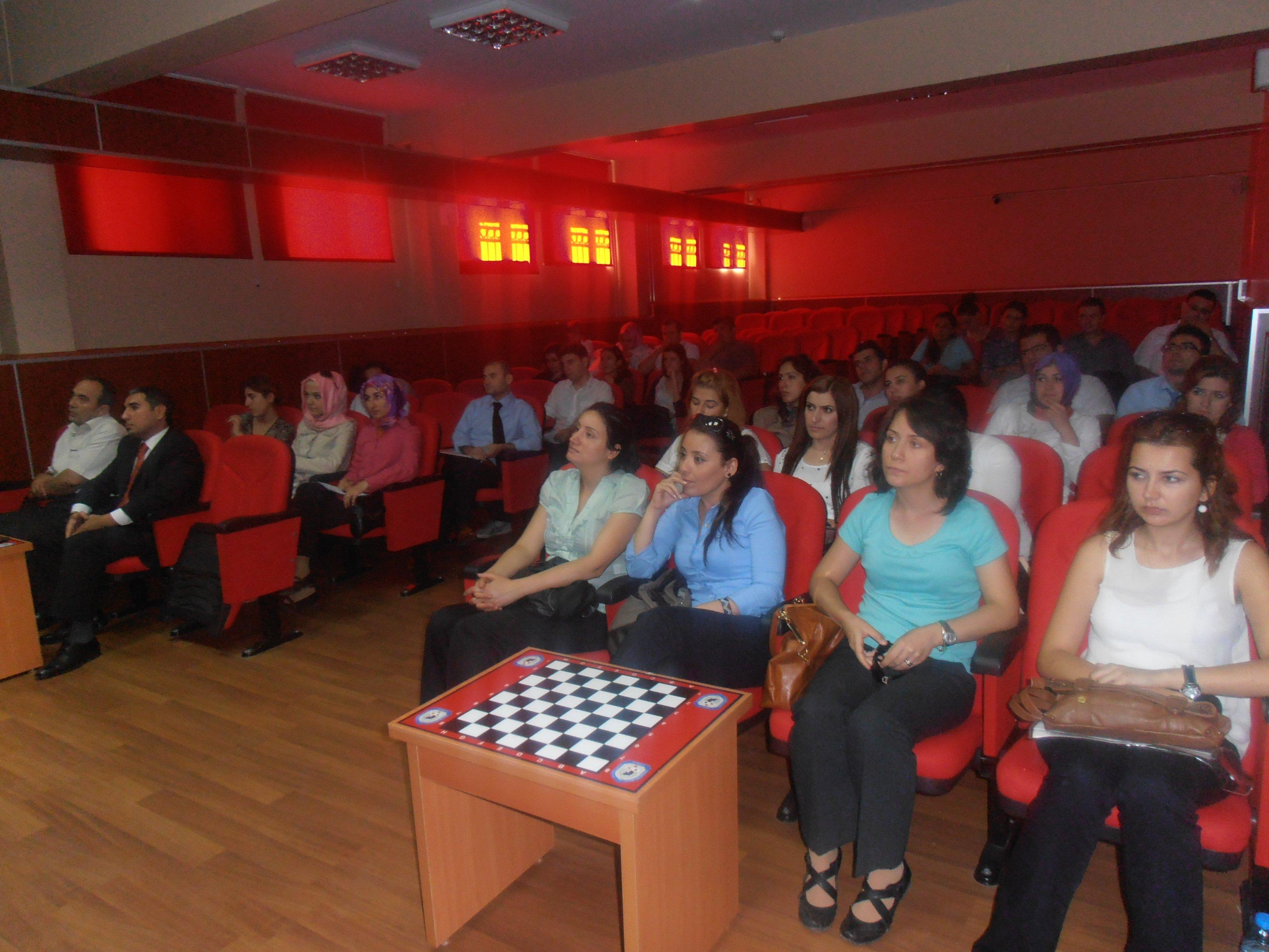 66 öğretmen Darıca'ya geldi